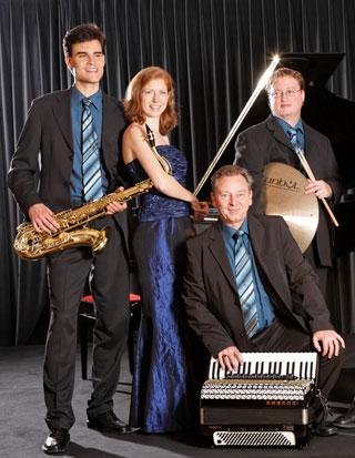 Moody Tunes aus Basel, Bandfoto 2007